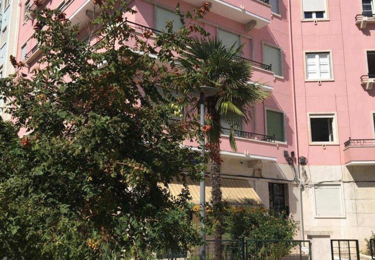 Apartamento com 7 quartos no centro da cidade para alugar