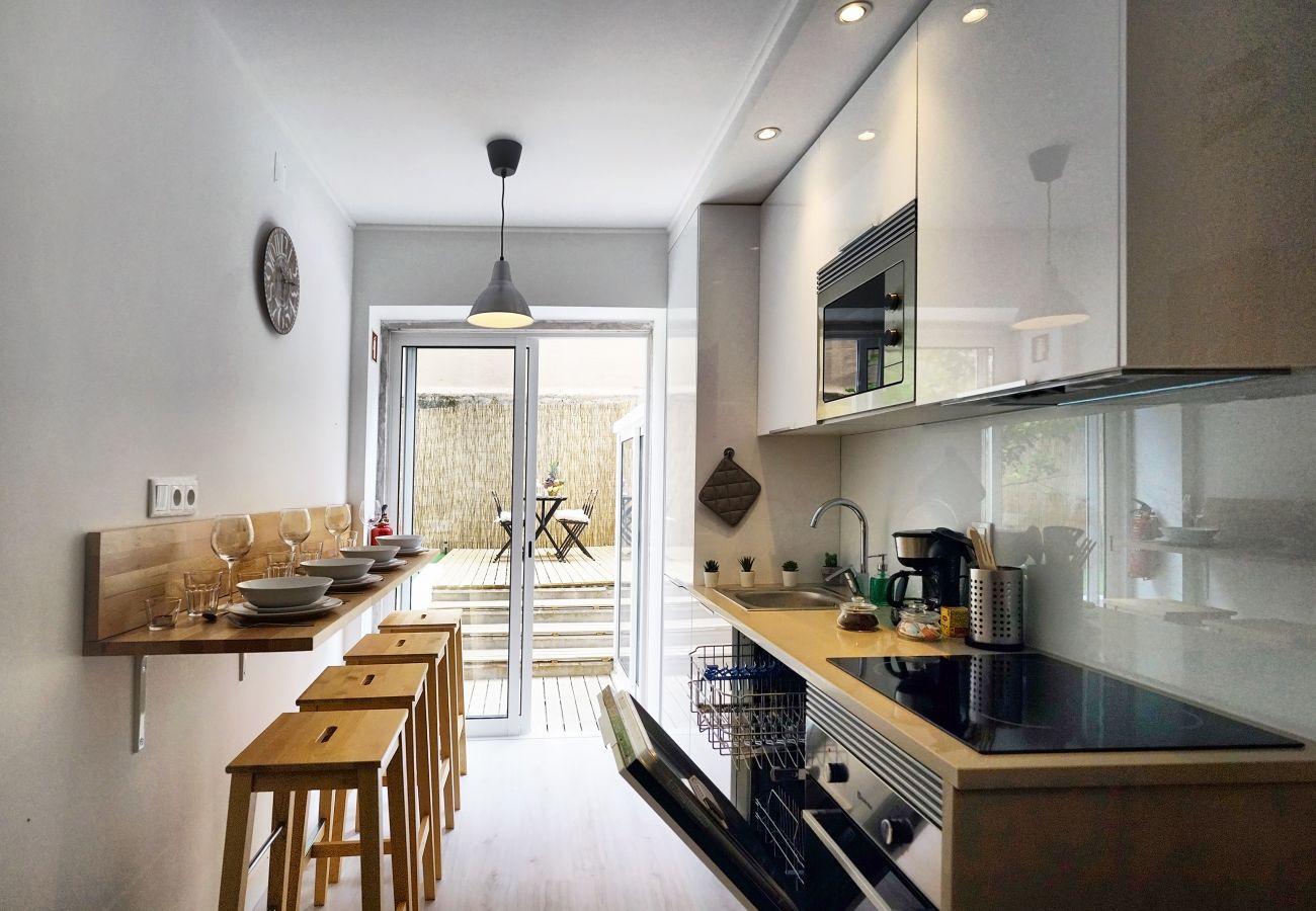 Apartamento para alugar com 2 quartos e Kitchenette totalmente equipada