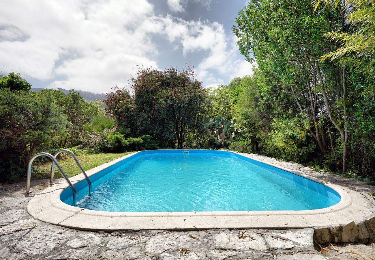 Fantástica moradia com piscina privativa em Galamares, Sintra | Alojamento Local