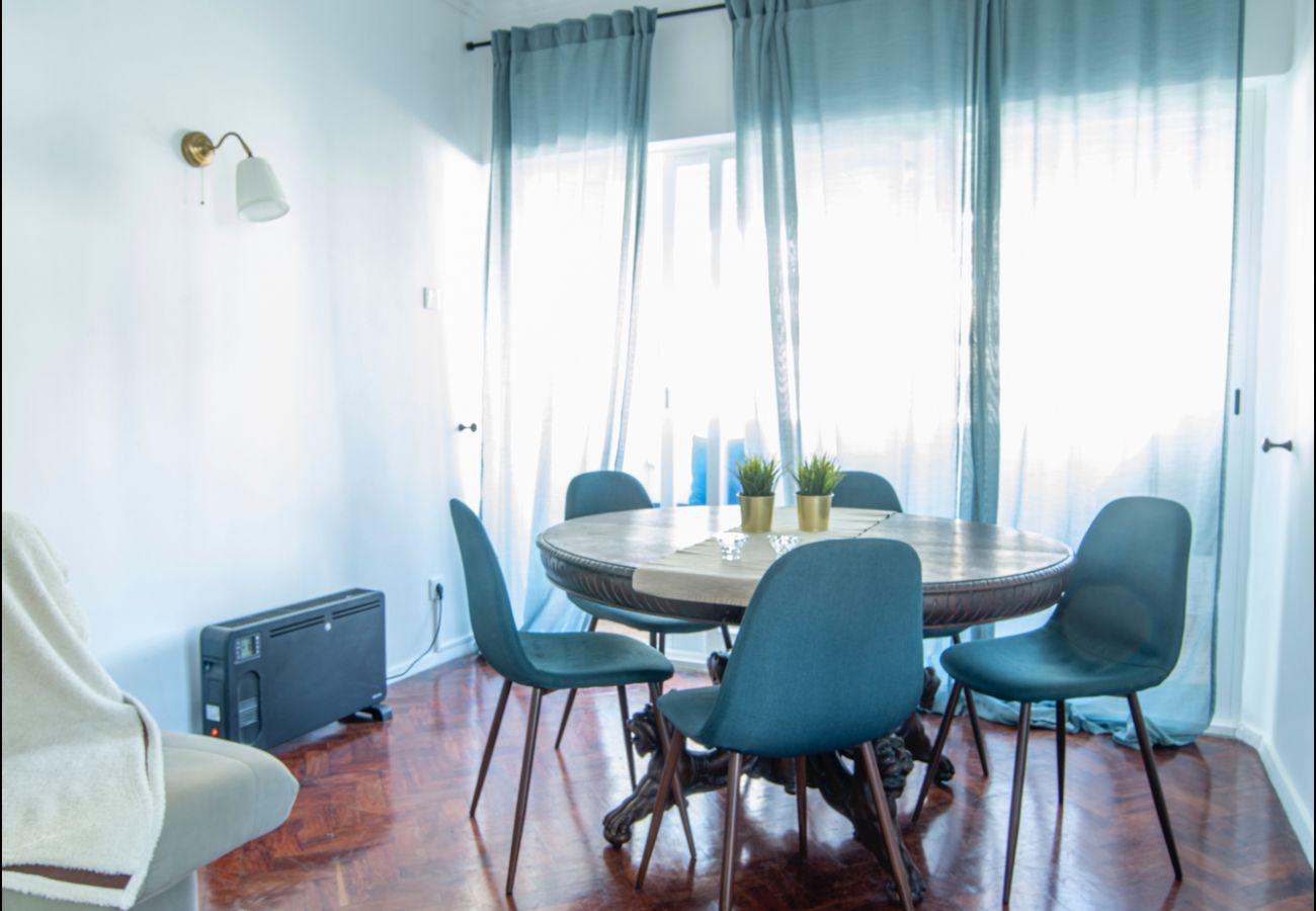 Apartamento em São João do Estoril - Estoril Under the Sun