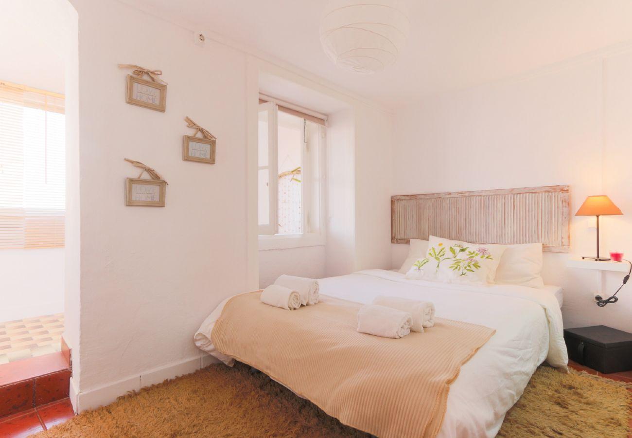 Quarto principal em apartamento no centro de Lisboa