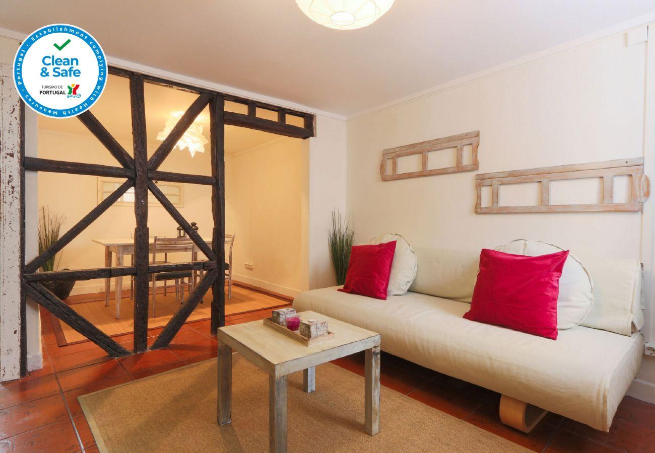 Apartamento para alugar no centro de Lisboa com charmosa sala de estar