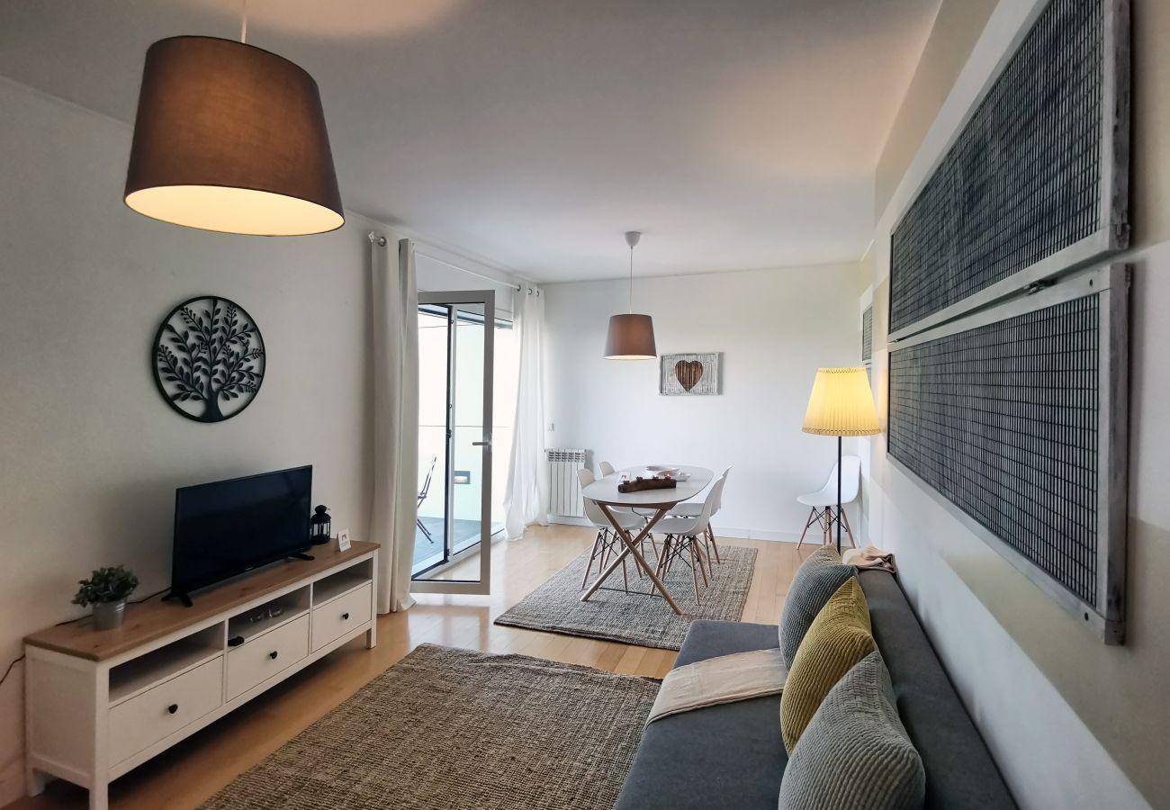 Apartamento em Sacavém - Bridge View with Balcony