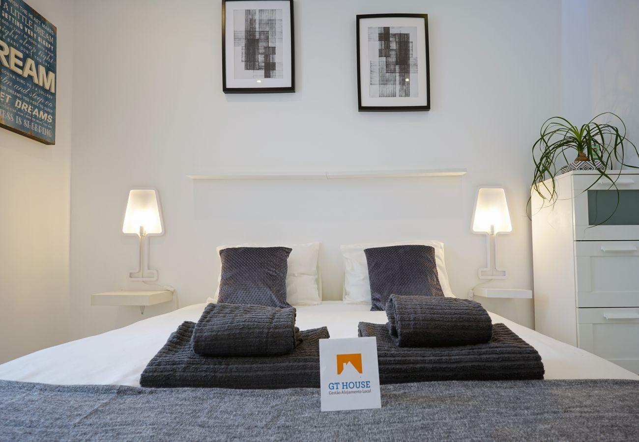Apartamento em Lisboa - Expo Oriente 2 Bedrooms by GT House