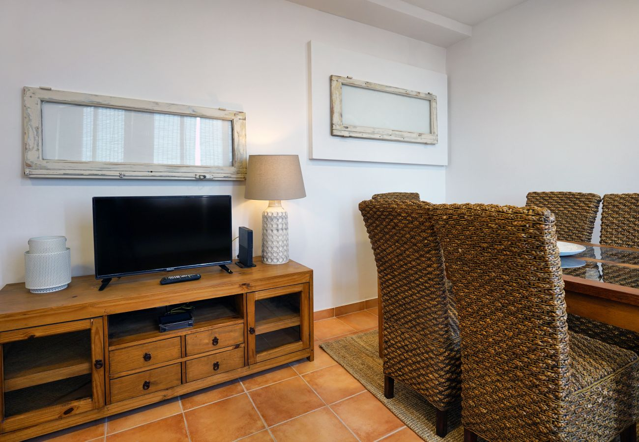 Angenehmes Wohnzimmer in Graça von GT House