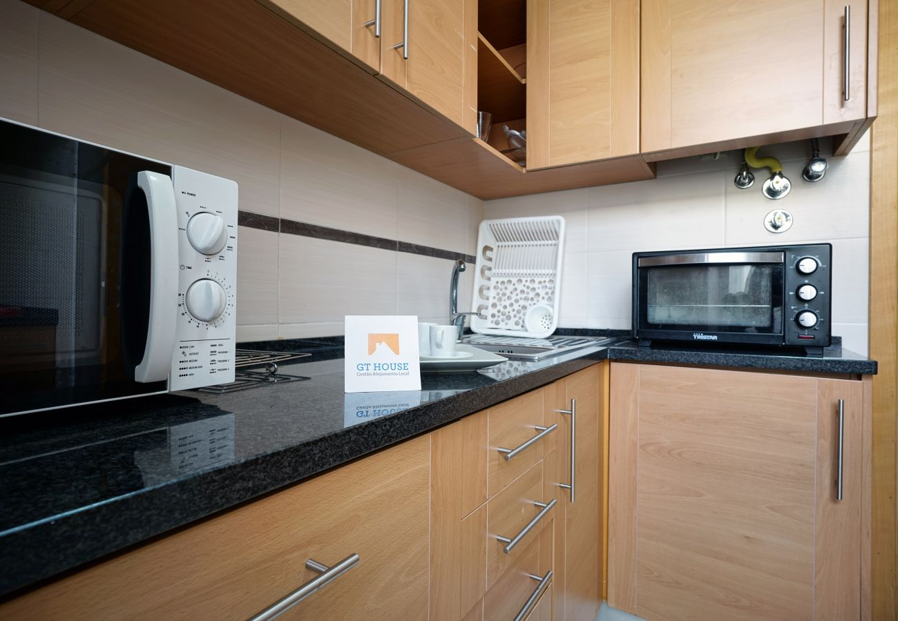 Voll ausgestattete und kürzlich renovierte 90 m2 Wohnung