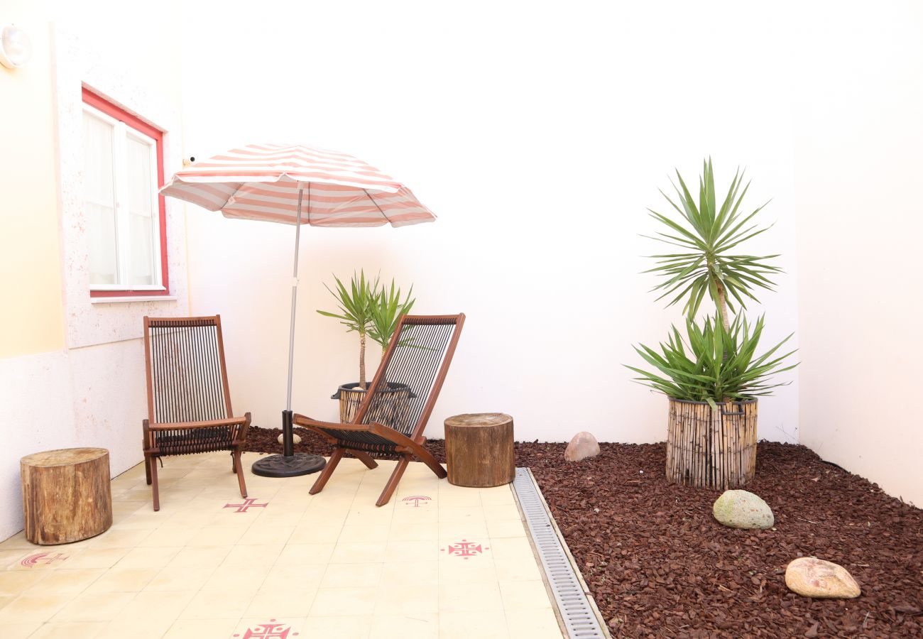Rest at the end of the day on this wonderful terrace | Short rental