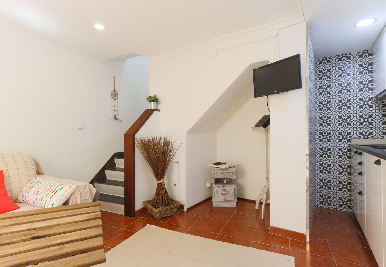 Apartamento dúplex para 2 personas en la zona típica de Ajuda