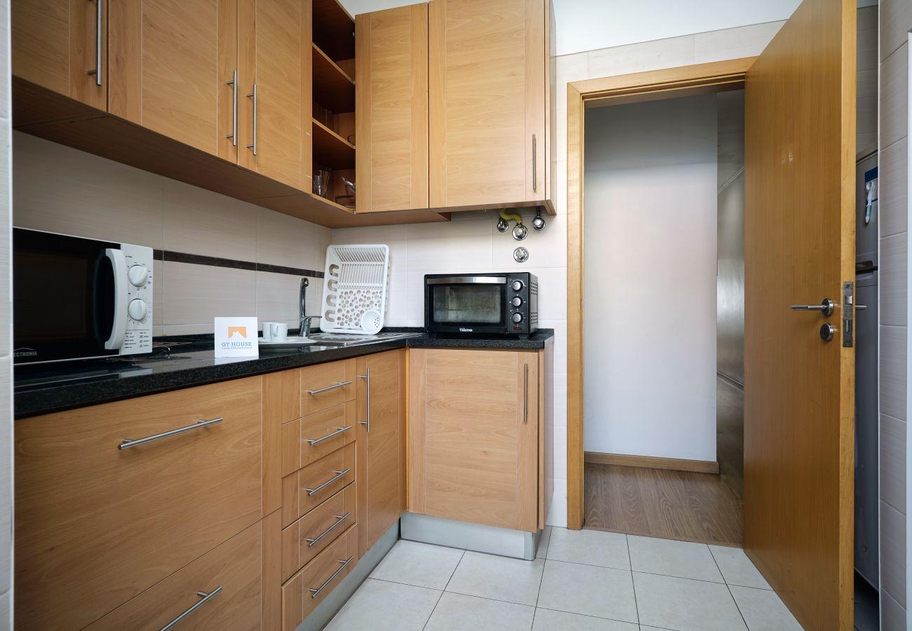 Appartamento in affitto ad Arroios con 3 camere da letto e cucina completamente attrezzata